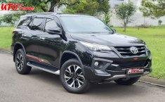 Dijual cepat Toyota Fortuner 2.4 VRZ TRD AT Diesel 2019, DKI Jakarta