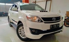 Dijual mobil Toyota Fortuner G VNT TRD DSL 2.5 AT 2013, Bekasi