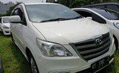 Dijual cepat Toyota Kijang Innova 2.5 V 2014 Bekasi