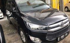 Dijual cepat Toyota Kijang Innova 2.0 V 2016, Bekasi