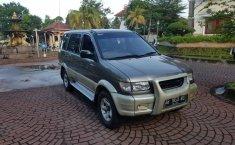 Dijual Cepat Isuzu Panther GRAND TOURING 2001 di DIY Yogyakarta