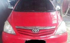 Mobil Toyota Kijang Innova 2011 2.0 G terbaik di Jawa Timur