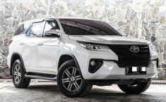 Dijual cepat Toyota Fortuner G TRD 2016 di DKI Jakarta