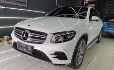 Dijual cepat Mercedes-Benz GLC 200 AMG Line AT 2018 Terbaik di Tangerang