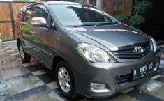 Jual Mobil Bekas Toyota Kijang Innova V 2.5 diesel 2009 Terawat di Jawa Barat