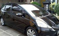 Mobil Honda Jazz 2010 RS terbaik di Banten