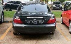 Jawa Barat, Jaguar S Type 2001 kondisi terawat