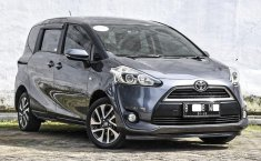 Dijual Mobil Bekas Toyota Sienta V 2017 di DKI Jakarta