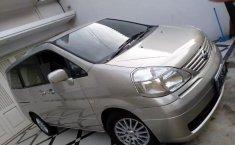 Dijual Cepat Nissan Serena City Touring 2009 di DKI Jakarta