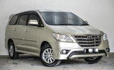 Dijual Cepat Toyota Kijang Innova V Luxury 2014 di Depok