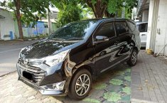 Dijual cepat Daihatsu Sigra R Manual 2017, Jawa Timur