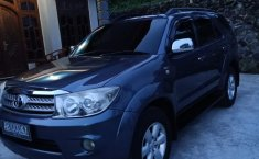 Jual Mobil Bekas Fortuner G 2.5 Manual Diesel 2010 Terawat di DIY Yogyakarta