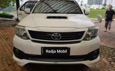 Jual Mobil Bekas Toyota Fortuner VNT TRD 2015 di Bekasi