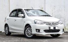 Dijual Cepat Mobil Toyota Etios Valco G 2014 di DKI Jakarta