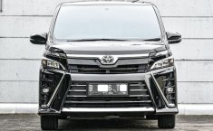 Dijual cepat mobil Toyota Voxy 2018, Depok