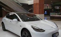 Brand New Tesla Model 3 Standard Range Plus 2020, DKI Jakarta