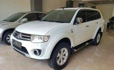 Dijual Mobil Mitsubishi Pajero Sport Dakar 2014 di Jawa Tengah