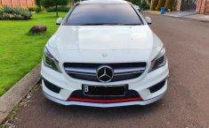 Jual Mobil Bekas Mercedes-Benz CLA45 L4 2.4 AMG Automatic 2015 Terawat di DKI Jakarta