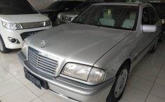 Dijual Cepat Mercedes-Benz C-Class 230 1998 di Jawa Tengah