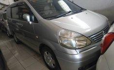 Jual Mobil Bekas Nissan Serena Highway Star 2004 di Jawa Tengah