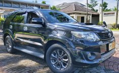 Dijual mobil Toyota Fortuner TRD 2014 Bekas, DIY Yogyakarta