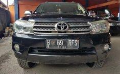 Jual Mobil Bekas Toyota Fortuner 2.5 G 2011 Terawat di Bekasi