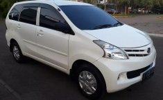 Jual Mobil Bekas Daihatsu Xenia X PLUS 2013 Terawat di Bekasi