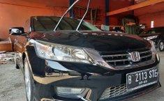 Dijual Mobil Honda Accord VTi-L AT 2013 di Bekasi
