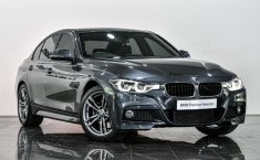 Dijual Cepat BMW 3 Series 330i Sport 2019 di DKI Jakarta