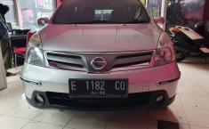 Jual Mobil Bekas Nissan Grand Livina SV 2012 di Jawa Barat