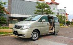 Dijual Nissan Serena Highway Star 2009 HWS DP Pake Motor Cicilan Rendah, DKI Jakarta