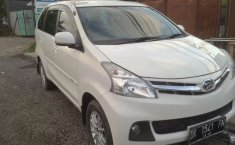 Mobil Daihatsu Xenia 2013 R terbaik di Bali