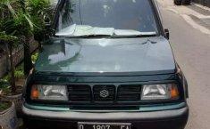 Mobil Suzuki Sidekick 2000 terbaik di Jawa Barat