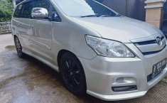 Jual Toyota Kijang Innova G 2011 harga murah di Jawa Barat