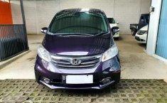 Honda Freed 2014 DIY Yogyakarta dijual dengan harga termurah