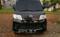 Jual Daihatsu Luxio D 2016 harga murah di Banten
