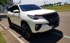 Jual Mobil Bekas Toyota Fortuner VRZ 2WD Diesel 2017 di Tangerang Selatan