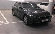 Dijual Cepat BMW 3 Series 320i 2016 di DKI Jakarta
