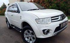 Dijual mobil Mitsubishi Pajero Sport Dakar AT 2015, Bekasi