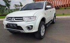 Dijual cepat Mitsubishi Pajero Sport Dakar AT 2013/2014, Bekasi