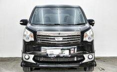 Dijual cepat Toyota NAV1 V 2013, Depok