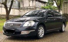Mobil Nissan Teana 2006 230JS terbaik di DKI Jakarta