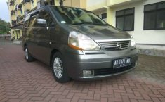 DIY Yogyakarta, Nissan Serena Highway Star 2008 kondisi terawat