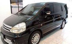 Jual Nissan Serena Autech 2010 harga murah di Jawa Timur
