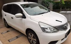 Jual Nissan Grand Livina SV 2017 harga murah di Banten