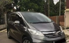 Mobil Honda Freed 2013 PSD terbaik di Jawa Barat