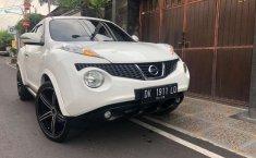 Mobil Nissan Juke 2012 1.5 CVT terbaik di Bali