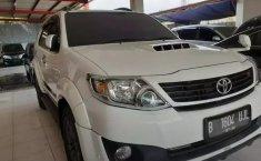Dijual cepat Toyota Fortuner G VNT Turbo AT Diesel 2015, Bekasi