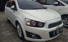 Dijual cepat Chevrolet Aveo LT AT 2014, Bekasi