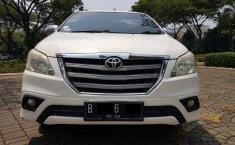 Dijual cepat Toyota Kijang Innova 2.5 G AT Diesel 2014 Bekas, Tangerang Selatan